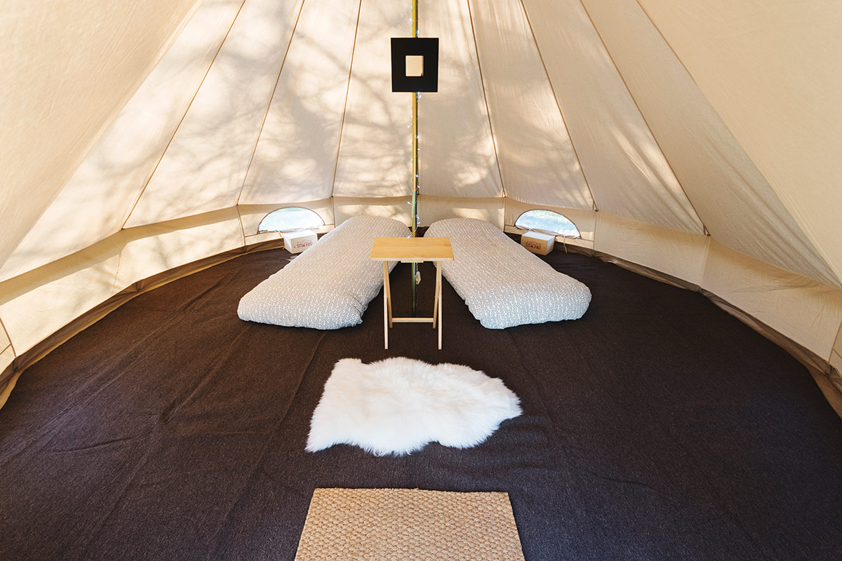 Honeybells Luxury 2 Person Bell Tent